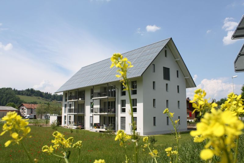 Solarbeheiztes Achtfamilienhaus in Oberburg bei Burgdorf
