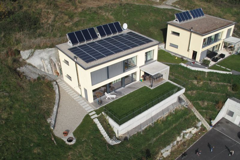 Sonnenhaus in Malters, Solarthermie, Photovoltaik, Solarspeicher Swiss Solartank